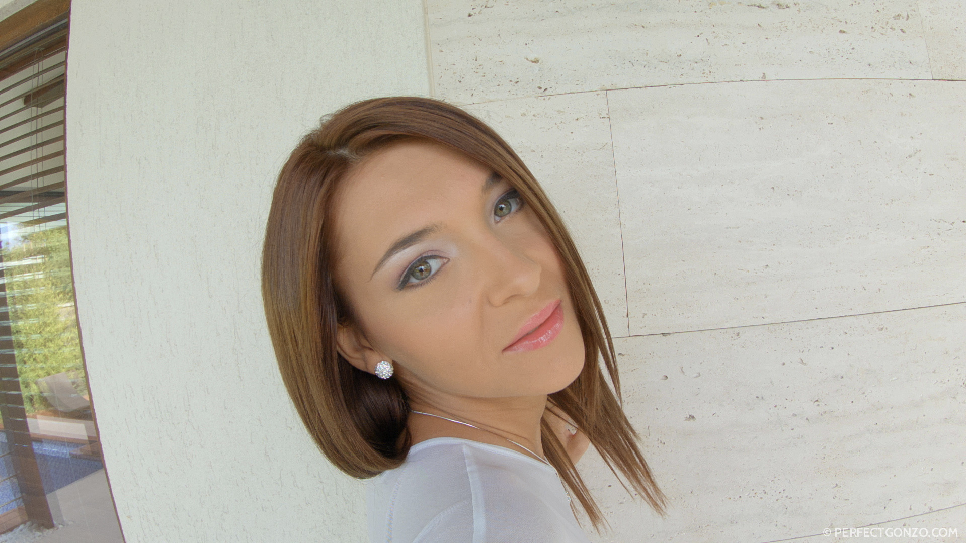 Сперма в попе Alexis Brill