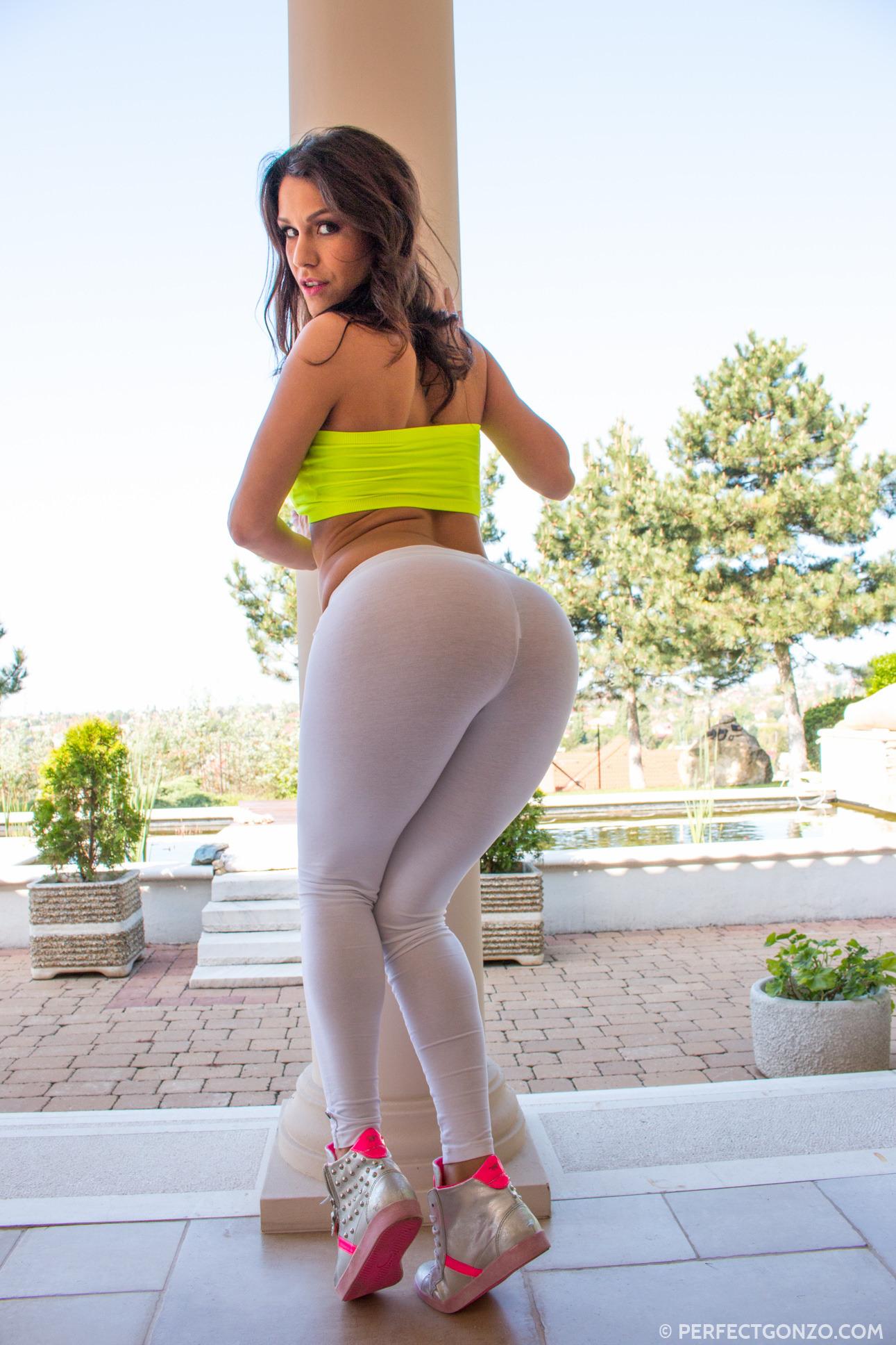 Samia Duarte Fanclub - Busty Pornstar