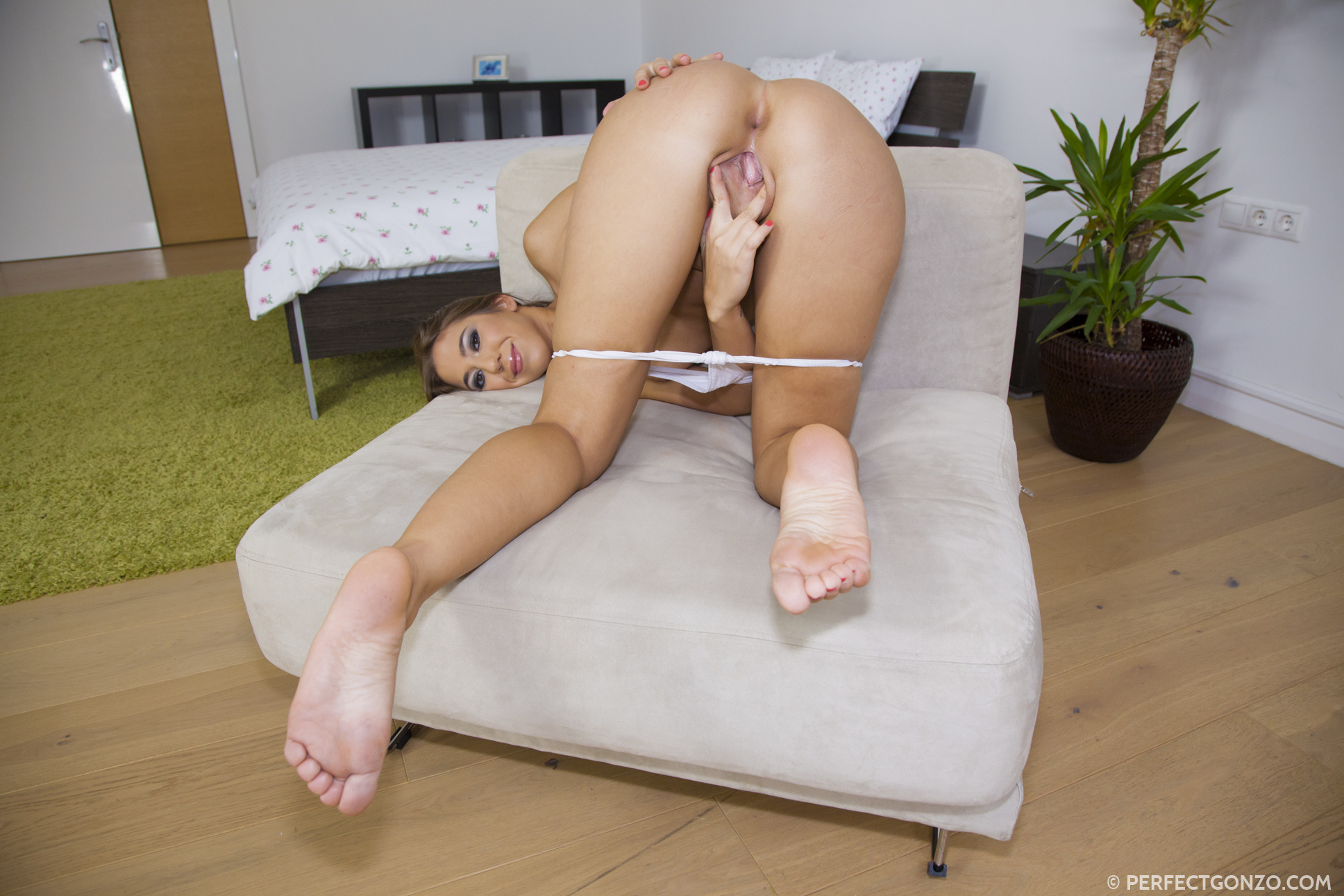 fhg perfectgonzo content givemepink suzie c movies photos 8